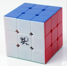 лучшая цена Free shipping NEW Dayan Guhong V2 3x3x3 Magic cube 3x3 3-layer 6-Color Speed spring Cube Twist Puzzle Cube White Black Side