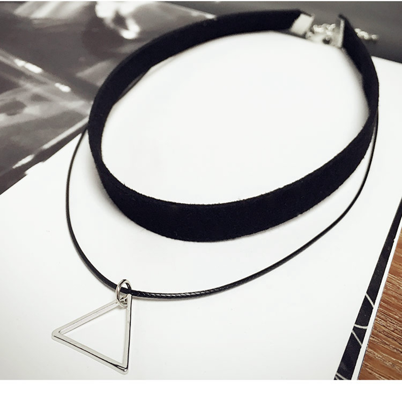 Fashion Women Jewelry Korean Triangle Pendant Leather Strap Necklace Chokers Necklace Gold-Color Statement Ladies Link Necklace