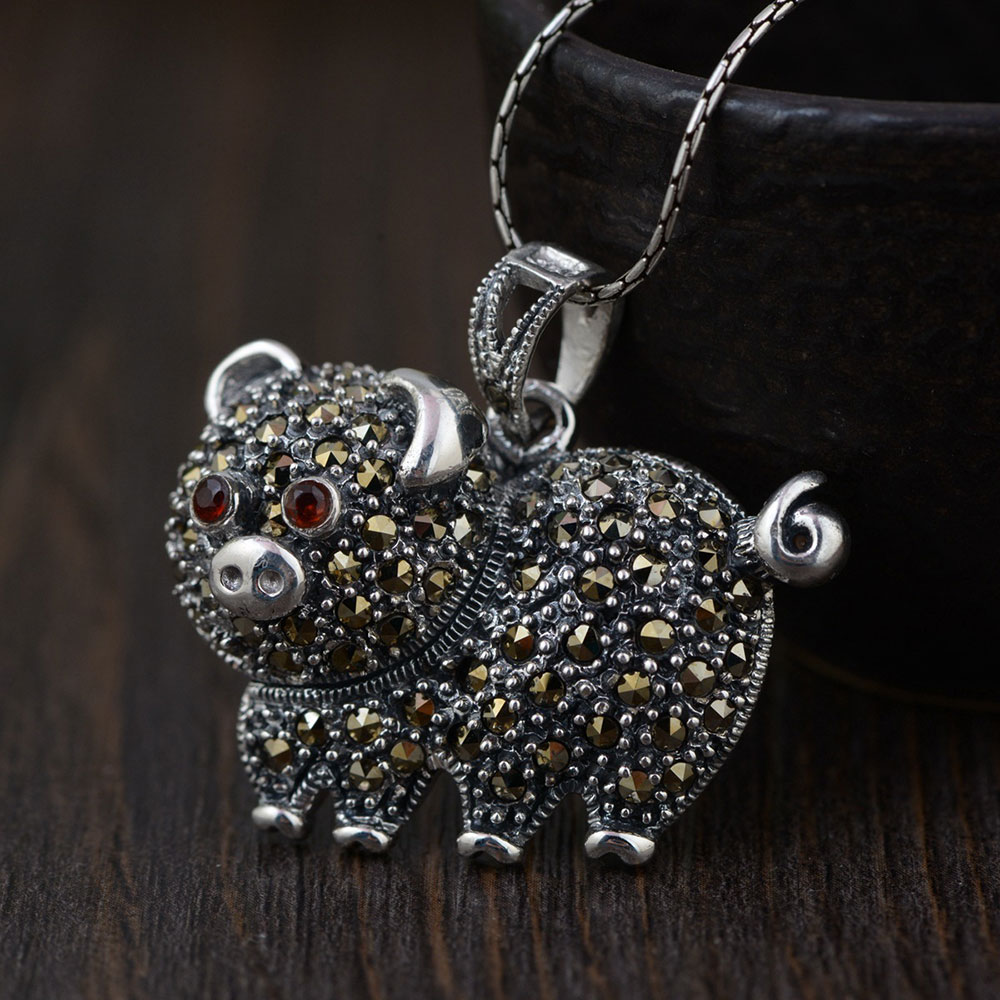 FNJ 925 Silver Pig Pendant New Fashion Red Zircon 100% Pure S925 Original Thai Silver Pendants for Women Men Jewelry Making