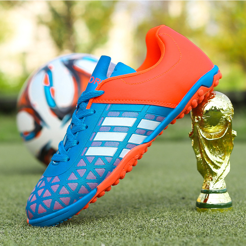 Image 4 - Men Football Soccer Boots Athletic Soccer Shoes 2018 New Leather Big Size High Top Soccer Cleats Training Football Sneaker Man-in Soccer Shoes from Sports & Entertainment