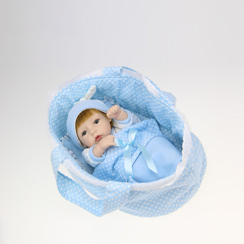Hot 28cm Lovely Bebe Reborn Doll Toy Gift for Kids Child Girl Silicone Newborn Babies With A pillow, a quilt, a small cloth bag
