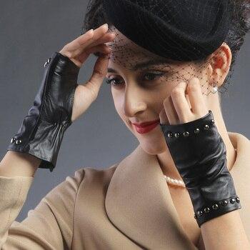 2017 women summer Fashion Five-finger half palm sexy pole dancing driving fingerless rivet backless leather hot gloves Mittens Чокер