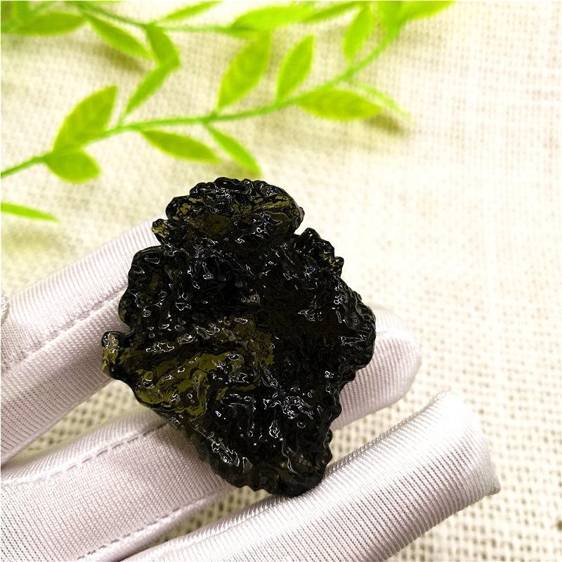 30 -- 35g livraison gratuite Moldavite naturelle météorite tchèque pierre brute cristal énergie pierre livraison aléatoire