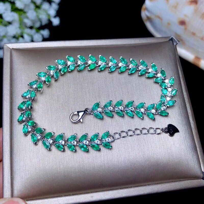 Natural Emerald bracelet, the latest fashion, 925 Sterling silver, many gems, beautiful color, Ladies BraceletNatural Emerald bracelet, the latest fashion, 925 Sterling silver, many gems, beautiful color, Ladies Bracelet
