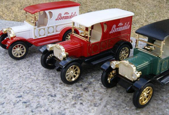 Regalo para el niño 13 cm Chevrolet nobleza real de la burbuja del coche delicado de aleación modelo de vehículo acustóptica tire hacia atrás juguete juego