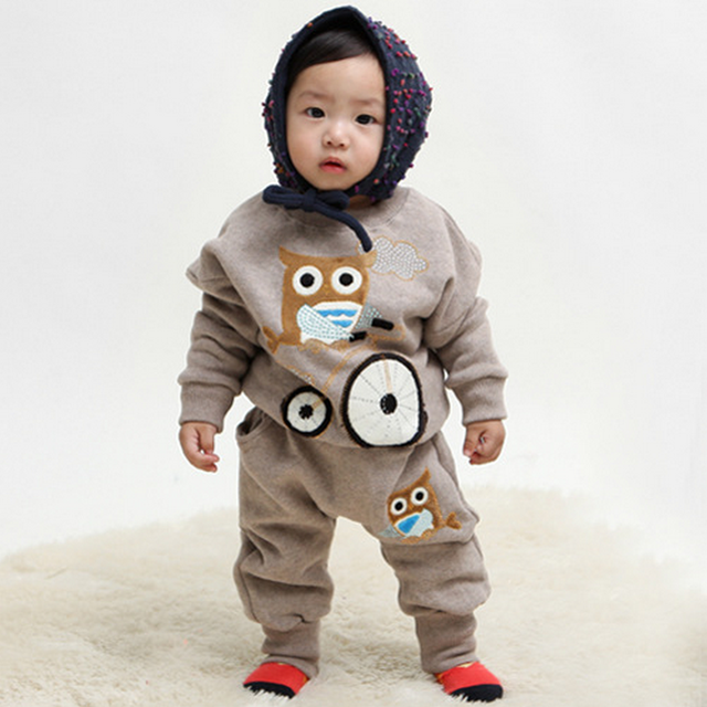 Estilo de ropa Para niños Que Arropan al por menor 2017 Otoño Búho Lindo 2 unids (de La Manga Completa + Pantalones) ropa de Bebé envío Gratis