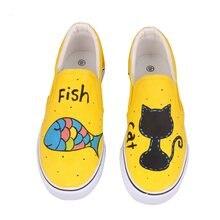 8f1a4d22c Novo 2018 Sapatos femininos Primavera Outono Dos Desenhos Animados Anime  Pintados À Mão Sapatos de Lona Sapatos Femininos Pedal .