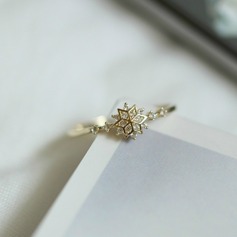 HOMOD 2019 New Cute Women 39 s Snowflake Rings Female Chic Dainty Rings Party Delicate Rings Wedding Jewelry Gifts in Engagement Rings from Jewelry amp Accessories