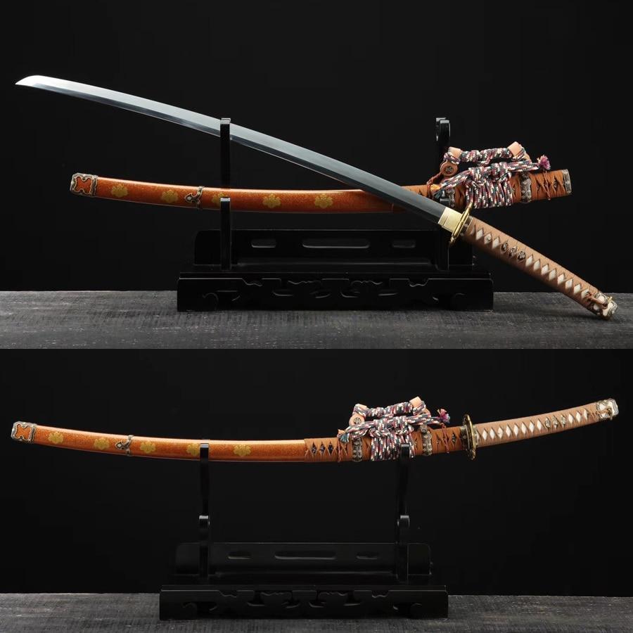 Tachi épée japonais samouraï armes plié acier Hazuya lame polonaise à la main à vendre