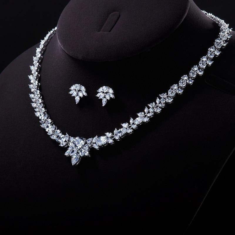 GAOLA Womens Luxury Wedding Jewelry Set Flower SHAPE
