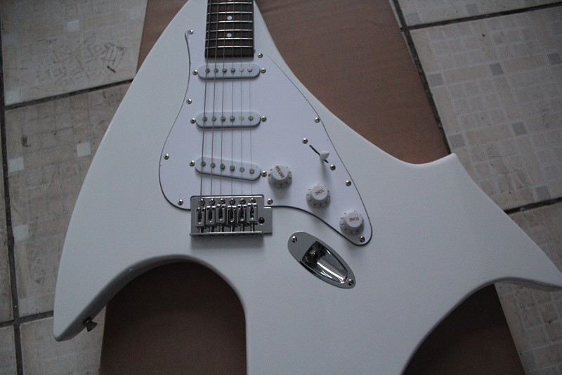 2015 New + Factory + custom BC rich electric guitar B C Rick strange shape guitar B.C. Rich white guitar free shipping