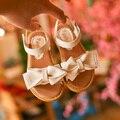 2017 Летние Новых Детская Обувь Девочек Сандалии Моды Лук Плоские Туфли Принцессы Обувь для Девочек PU Кожаные Открытым Носком Сандалии Детей