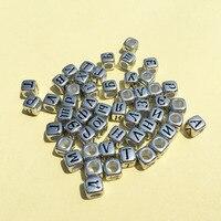 Yeni Varış Akrilik Gümüş Renk Küp Rus Mektuplar Boncuk 6*6 MM 3000 Adet/grup Küp Kare Plastik Büyük Delik bilezik İlk boncuk