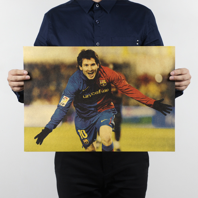Free shipping,Lionel Messi B/ soccer star football / kraft paper / Cafe / bar poster/ Retro Poster/decorative painting 51x35.5cm