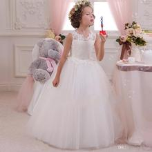 2018 Lovely Lace Appliqued Tulle Open Back With Bows Sash A Line Girls Birthday Party gown Kids Formal Flower Dresses