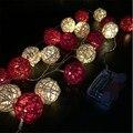 3 M de comprimento, 20 pcs Do Marfim Branco/Vermelho Handmade Rattan Bolas Cordas Luzes Feericamente Do Partido Casa Casamento Pátio Decor Alimentado Por bateria