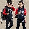 Sistema de la ropa niños niñas ropa de deporte juego de los niños ropa de las muchachas niño activo traje de niño trajes ropa para niños set escudo