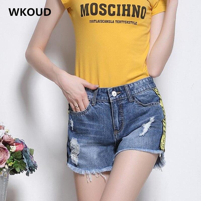 WKOUD New Female Denim Shorts 2017 Fashion Letter Printed Patchwork Jeans Shorts Women 's Fashion Hole Hot Shorts DK6026
