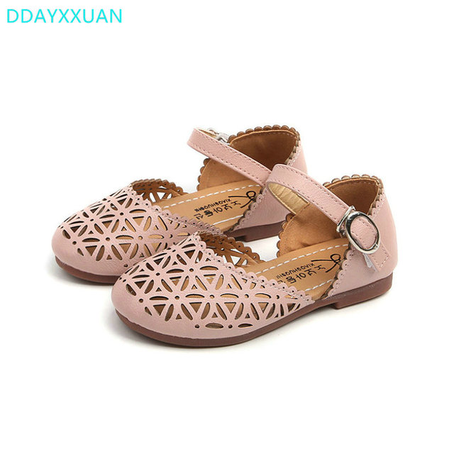 ffaa97843da5 Girls sandals 2018 Summer toddler gladiator sandals flat shoes Fashion  children shoes girls princess cut-outs Kids leather Shoes