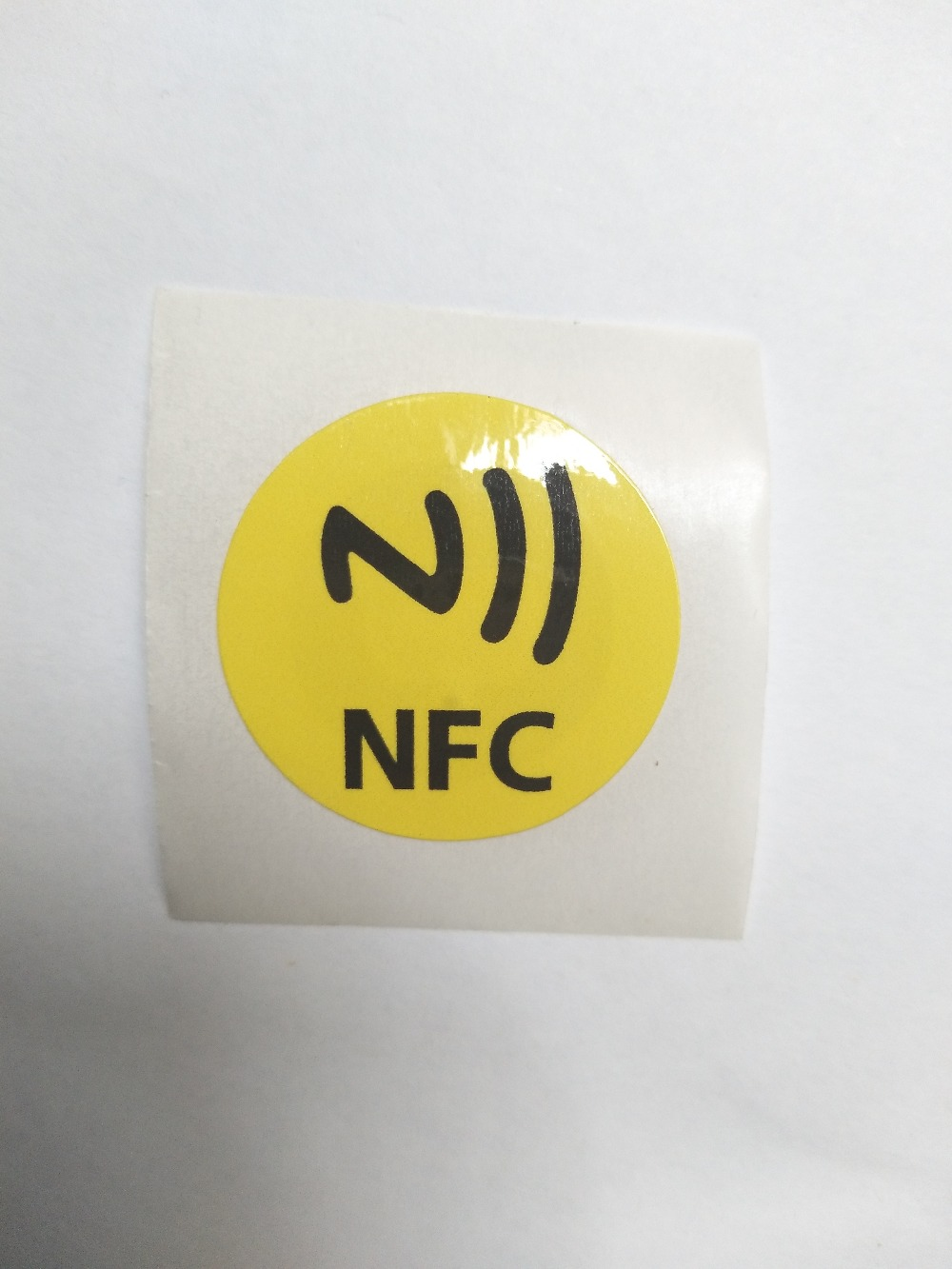15pcs/lot NFC Tag Sticker 13.56mhz RFID Label Tag NTAG213 Chip NFC Smart Tag 1K 30mm Diameter Compatible with All NFC Phones hw v7 020 v2 23 ktag master version k tag hardware v6 070 v2 13 k tag 7 020 ecu programming tool use online no token dhl free