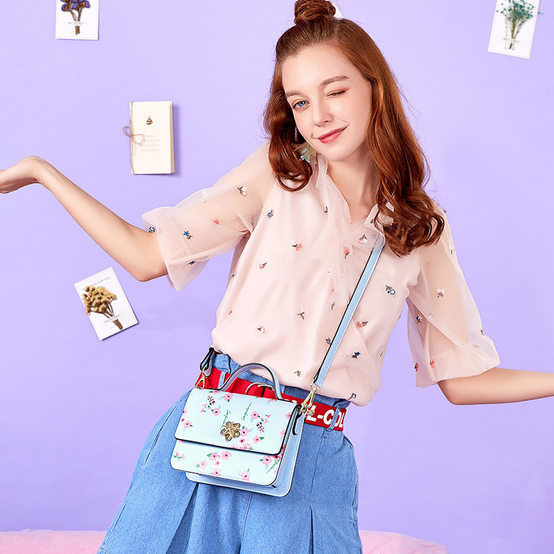 2019 Small Square Package Woman Fairy Single luxury handbags Fashion For women Shoulder Beach Bag Crossbody designer New Design 2019 Small Square Package Woman Fairy Single luxury handbags Fashion For women Shoulder Beach Bag Crossbody designer New Design