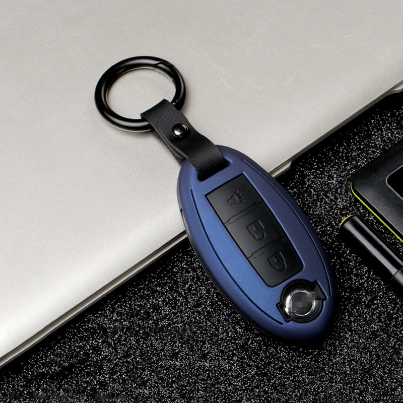 Image 4 - Carbon stripe Matte texture car key cover case for Nissan Qashqai J10 J11 X Trail t31 t32 kicks Tiida Pathfinder Murano Note-in Key Case for Car from Automobiles & Motorcycles