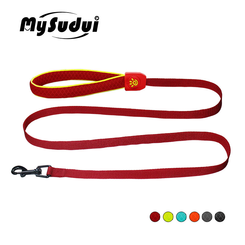 d00399f6ff0 US $12.06 33% OFF|MySudui Reflective Nylon Dog Leash For Dog Running With  Mesh Handle Jogging Puppy Small Dog Lead Leash Controller Cats Pet Leash-in  ...