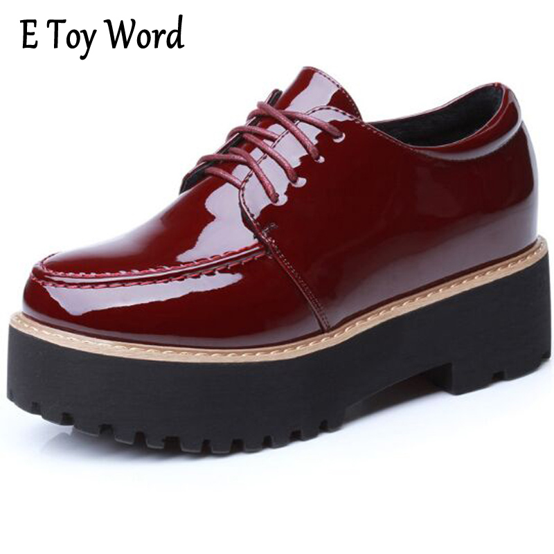 E TOY WORD 2017 Patent Leather Women Oxfords British New Spring Platform Flats Casual Lace-Up Ladies Brogue Fashion Shoes Woman fashion patent leather oxfords shoes woman 2016 casual platform flats low heels silver women brogue shoes 2 wearing xwd3170