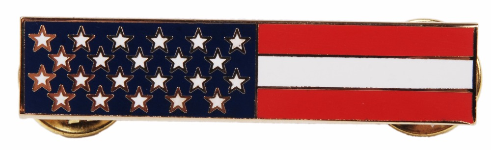 US METAL US FLAG CLOTHES PIN BADGE