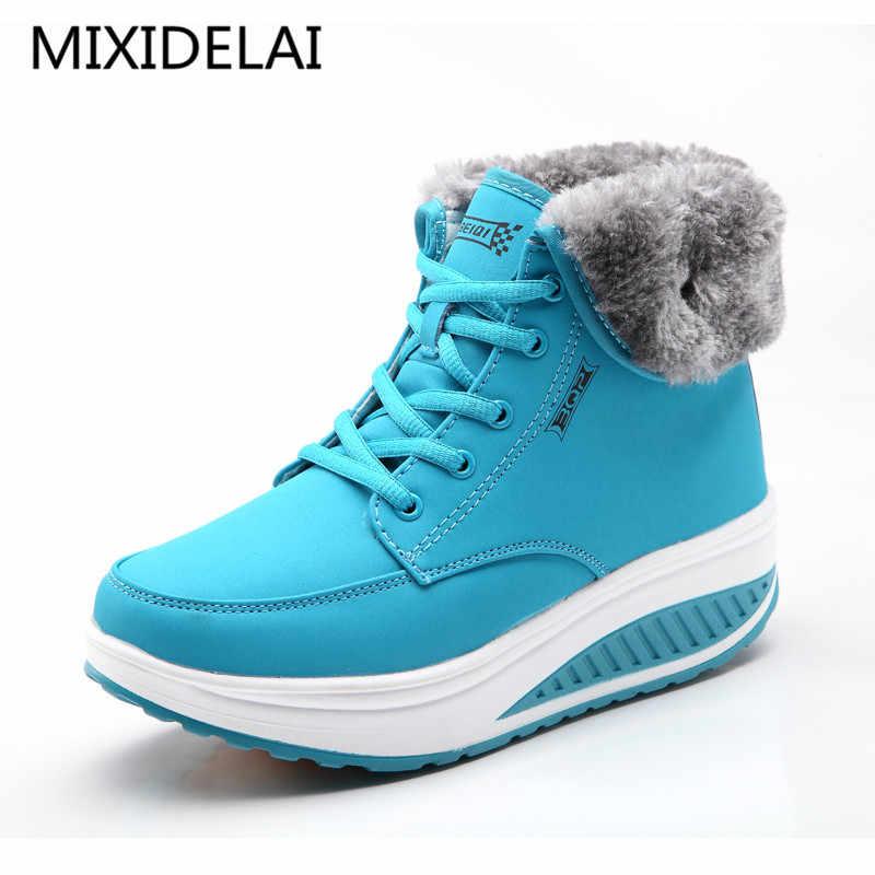 Kış kadın artı kadife salıncak ayakkabı kar platformu çizmeler kadın termal pamuk-yastıklı ayakkabı düz yarım çizmeler
