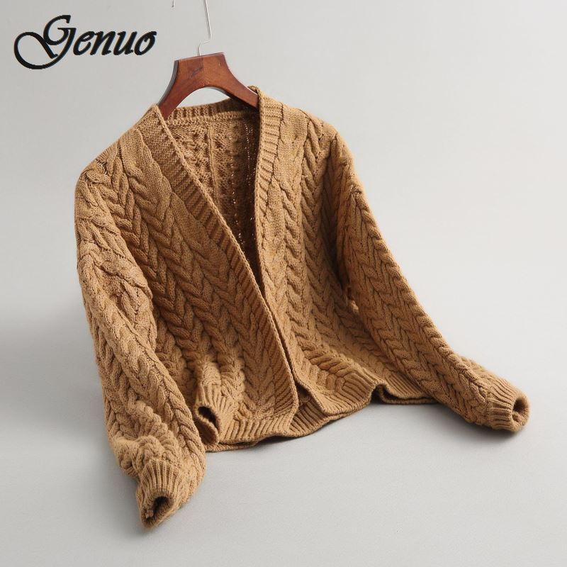 Cardigan Ultimo di USD 9