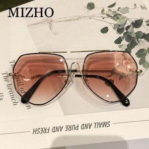 Image 2 - MIZHO براون الفاخرة العلامة التجارية المعادن النظارات الشمسية النساء الطيار موضة حجر الراين قطع التدرج رمادي Vintage نظارات شمسية السيدات العصرية