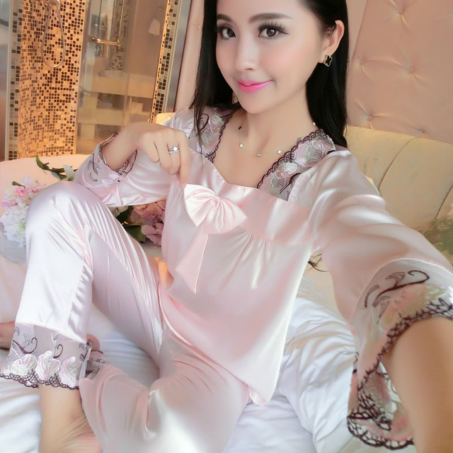 2017 New Female Lace Stitching Satin Sleepwear Women Bowknot Sexy Lingerie Spring Autumn Long Sleeve Silk Pajamas Plus Size 3XL