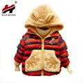 Liquidación precio más bajo de alta quaility niños clothing outwear niño bebé de dibujos animados de algodón de la capa caliente 3 colores para niños y niñas invierno