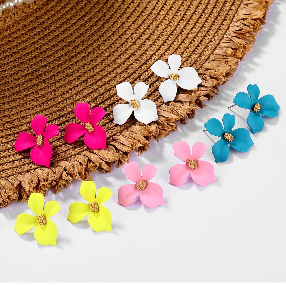 Korean Style Cute Flower Stud Earrings For Women 2019 New Fashion Sweet Earrings Femme Brinco Wholesale Jewelry