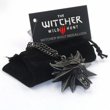 Rock Anime The Witcher 3 Necklace Red Black Eyes 3D Wolf Head Pendant And Card Bag Hollow Rock Necklaces&Pendants For Men Gifts(China)