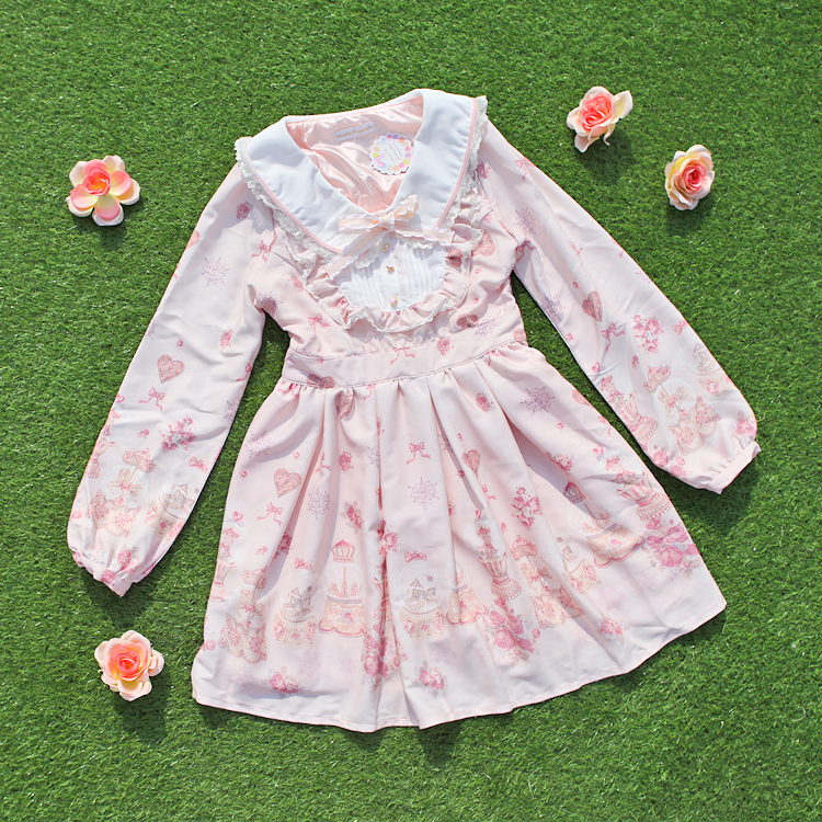 Princess sweet lolita dress spring and sweet long sleeved dress Snow ball printing lace dolls leading the lovely princess UF112