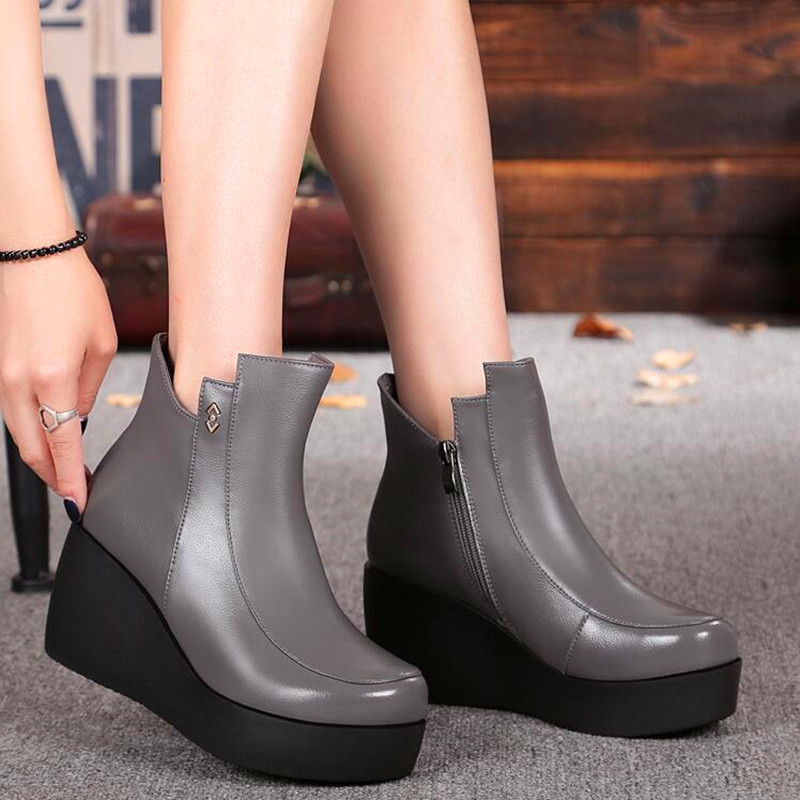 Winter Spring Genuine Leather Women High Quality Short Wedge Ankle Boots Round Toe Comfortable Warm Ladies