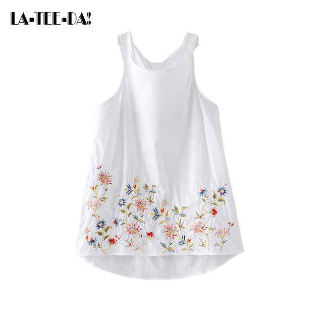 LTD101089 New Embroidery Tops Women Floral Waistcoat Tank Top Lady  Embroidery Camisole Female Fashion Tops Patch Strap Vest ca30a187eb1a
