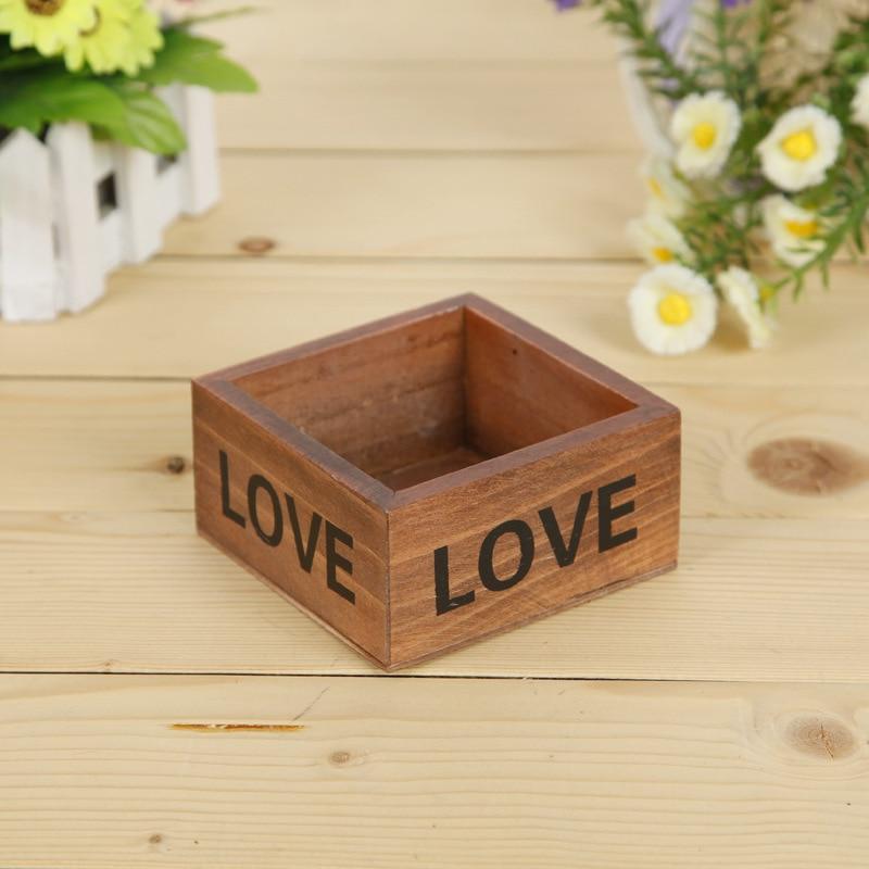 chậu gỗ vuông tình yêu