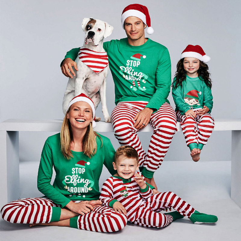 Family Christmas Pictures.Us 8 8 39 Off Matching Family Christmas Pajamas Stop Elfing Around Matching Christmas Outfits Christmas Father Son Mother Daughter Pajamas In