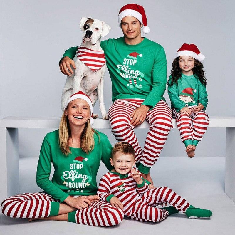 Pijamas De Navidad Familiares A Juego Para Dejar De Flotar Alrededor