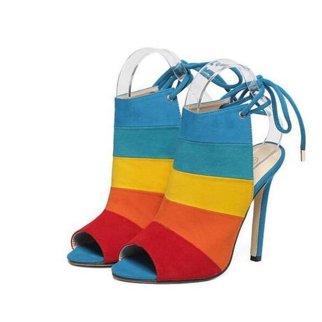 Novo Estilo das Mulheres Sexy Lace Up multicolor Fora de salto Alto Peep Toe Sandálias Flip flops Ladies celebridade Bombas Sapatos amarelo