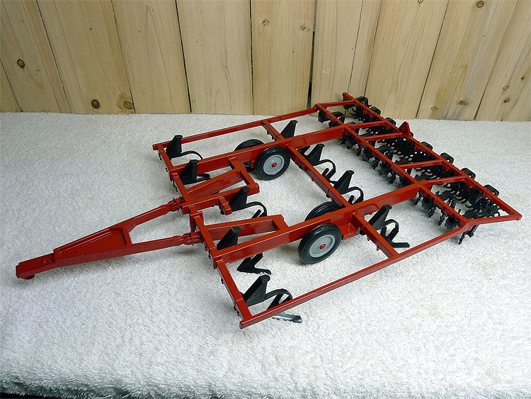 CASE Chisel Plow Case tractor accessories agricultural vehicle plow alloy model French UH 1:16