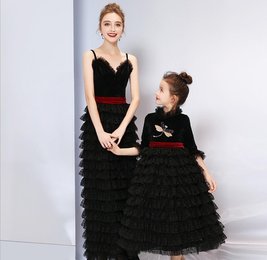Mãe Vestido de Noiva Meninas Vestidos Filha da Mãe 2019 Verão Jogo Vestido de Festa Olhar Família Mamãe Menina Outfits HW2385