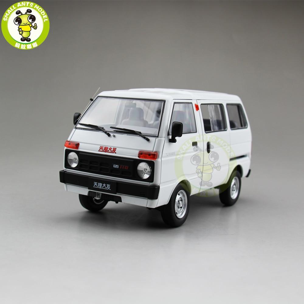 1/18 Toyota DAIHATSU China Tianjin Huali TJ110 Diecast Car Van Model Toy Gift Collection White toyota passo daihatsu boon sirion модели 2wd
