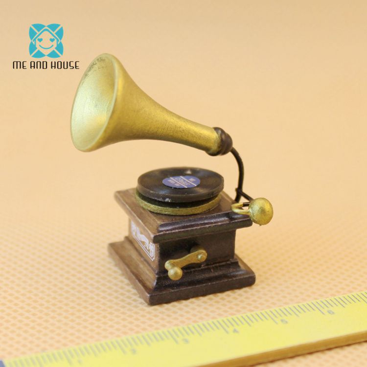 1:12 Miniature traditional phonograph acoustic gramophone Jukebox non-working dollhouse accessories