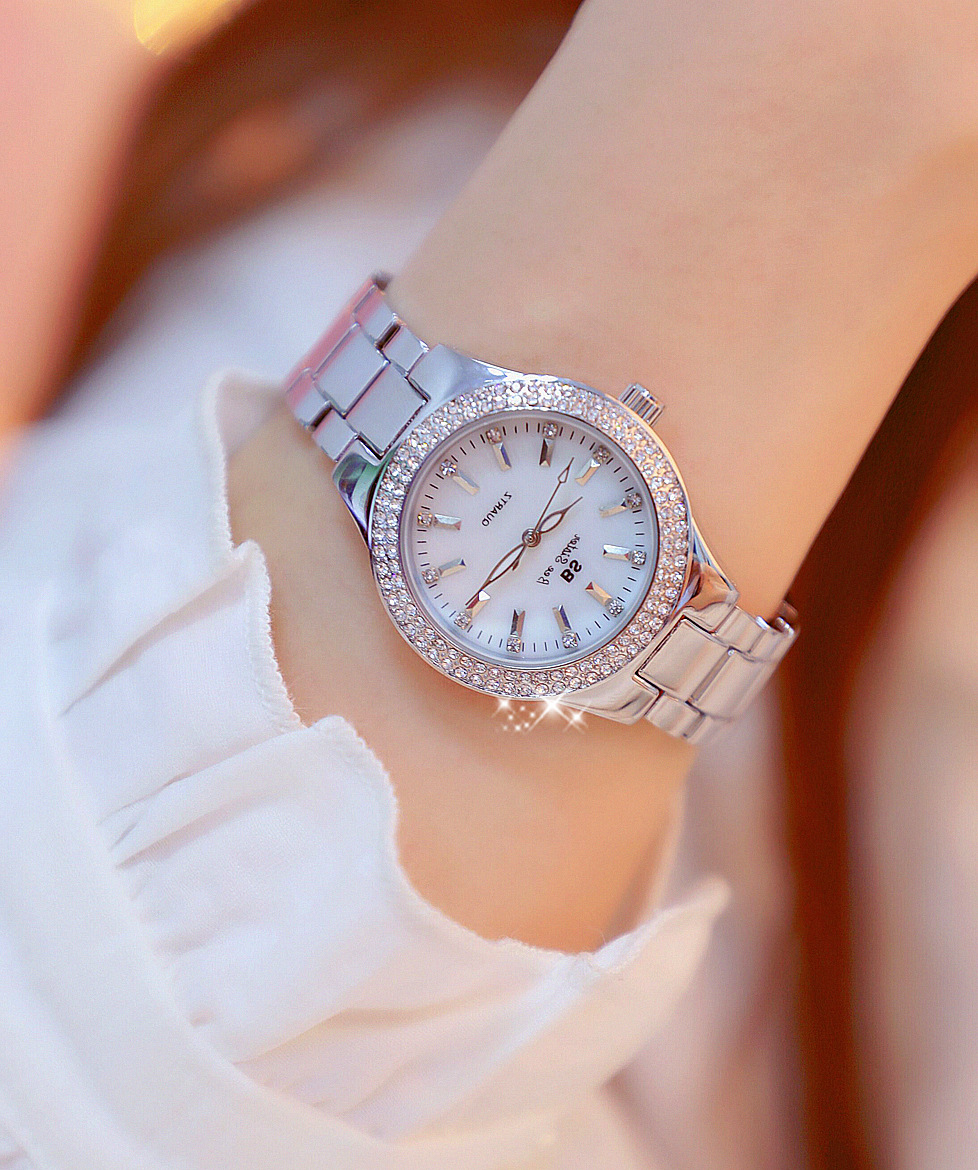 women watch 5