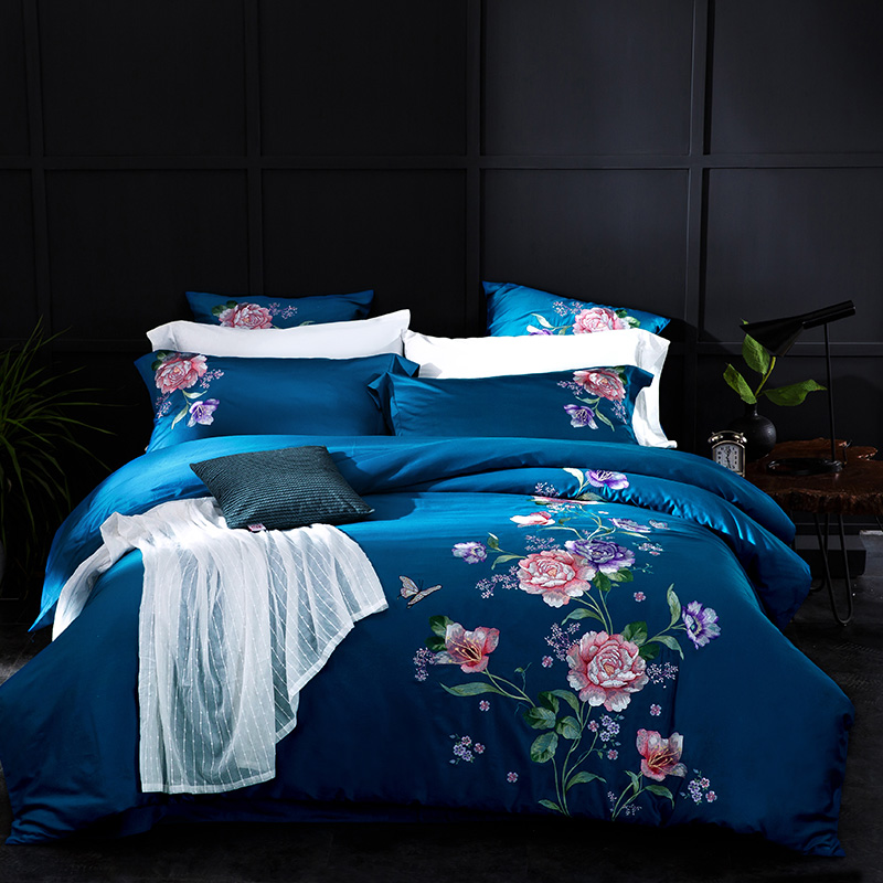 Blue Elegant Floral Bedding Sets Queen King Size Embroidery Egyptian Cotton Bedlinens Duvet Cover Bedsheet Pillow CasesBlue Elegant Floral Bedding Sets Queen King Size Embroidery Egyptian Cotton Bedlinens Duvet Cover Bedsheet Pillow Cases
