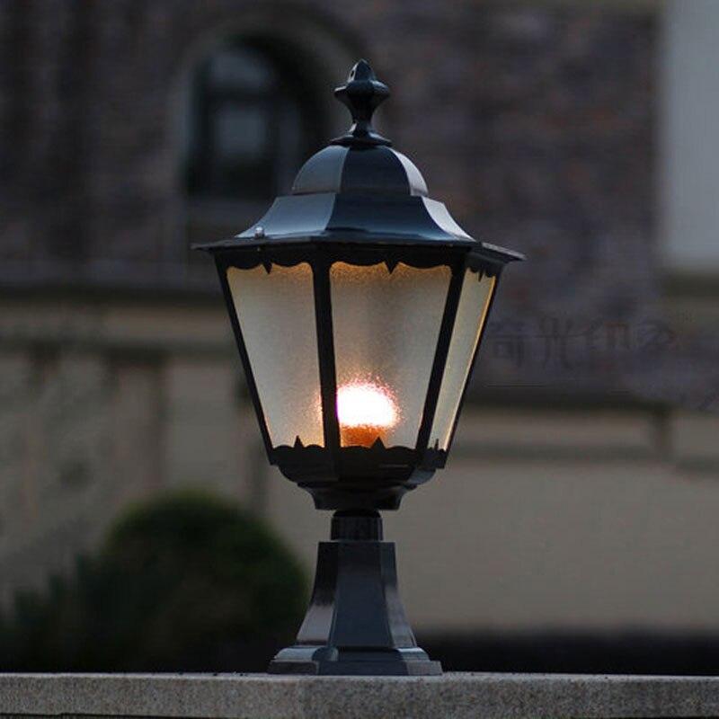 Lampe de colonne de mur de cour, lumières extérieures de chapiter de barrière, lampes extérieures imperméables, lumière de pilier de jardin WCS-OCL009